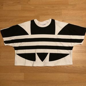 """New """"Adidas"""" crop tee size Small"""
